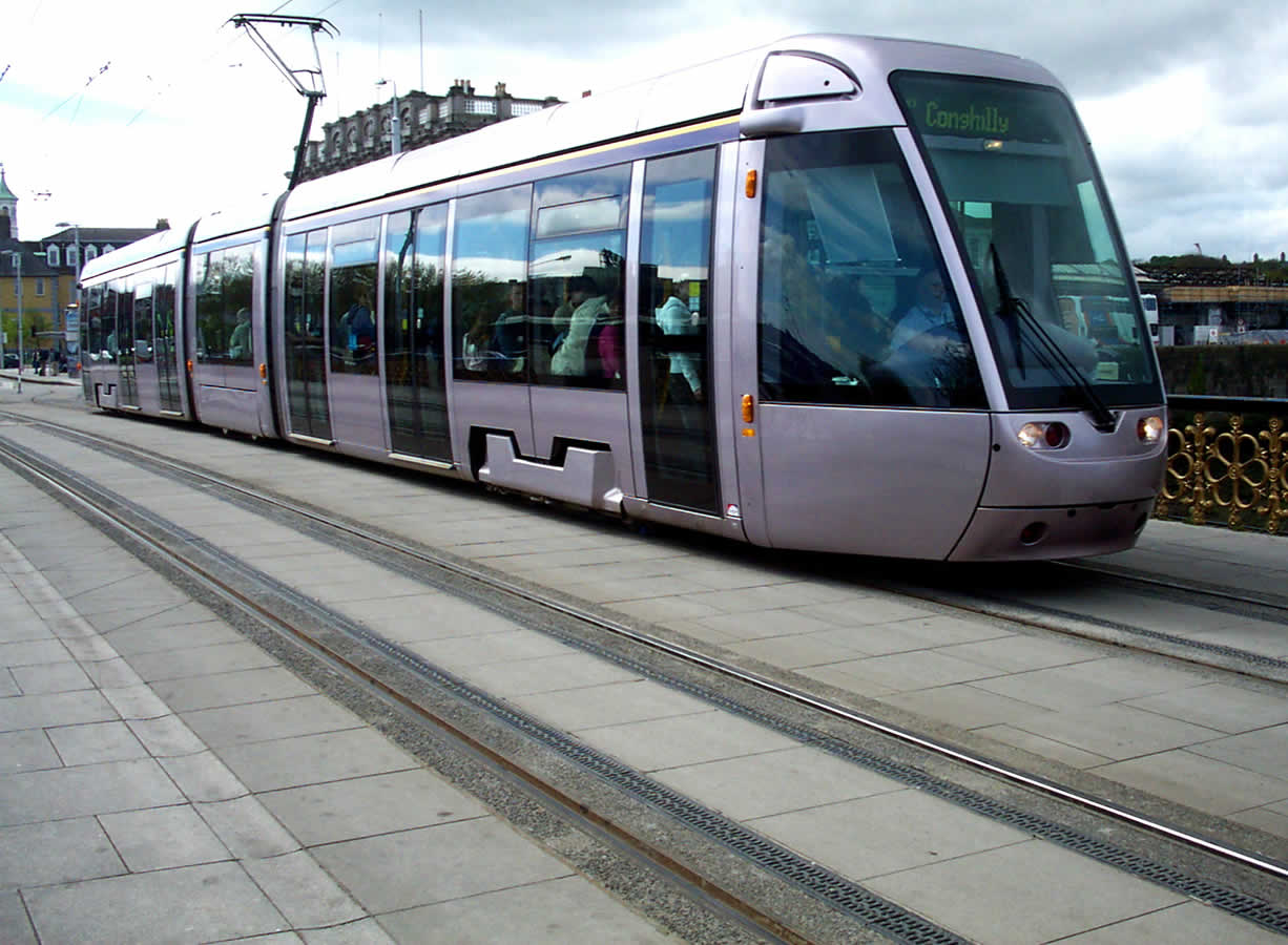 qmc group project dublin light rail